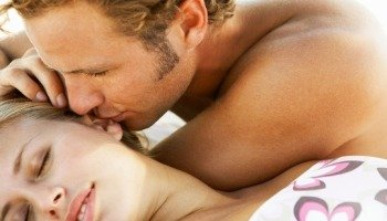 Significado de Beijo na Orelha
