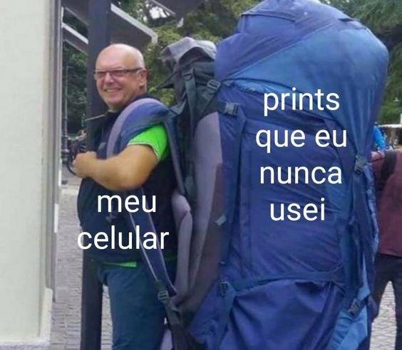 Meme sobre prints no celular