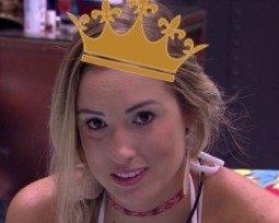 Levanta a cabeça princesa, senão a coroa cai