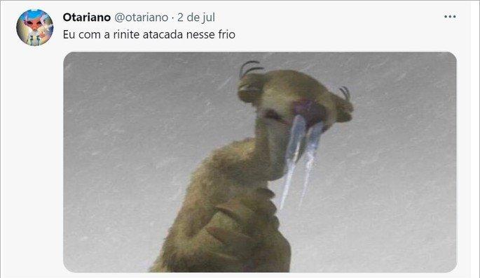 Meme com imagem de personagem de desenho com a respiração congelada
