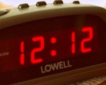 Significado de Números Iguais no Relógio
